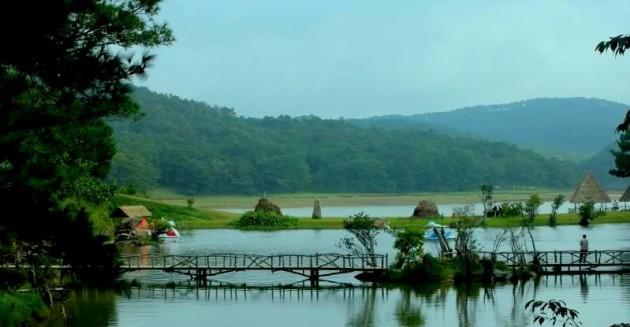 Bảy điểm du lịch với tên kỳ lạ ở Việt Nam